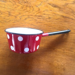 SAUCEPAN RED WITH WHITE DOTS